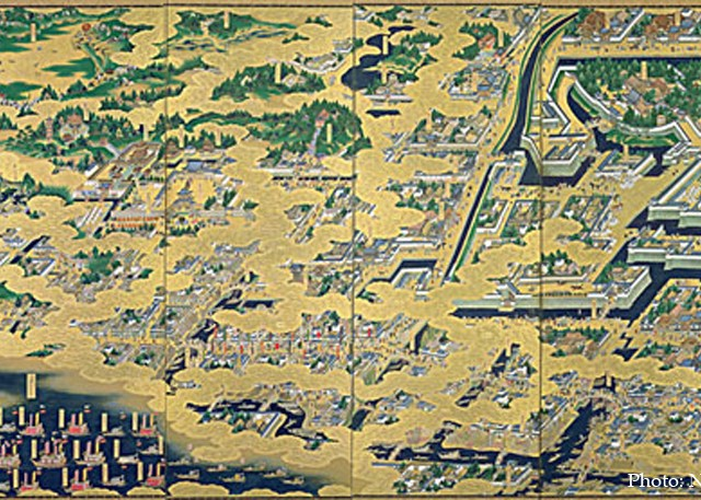 The story of Edo culture is told by the times – the main figures switch from the samurai to the merchants